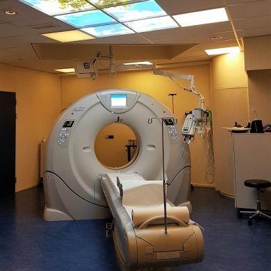 wolkenplafond boven de CT-scan